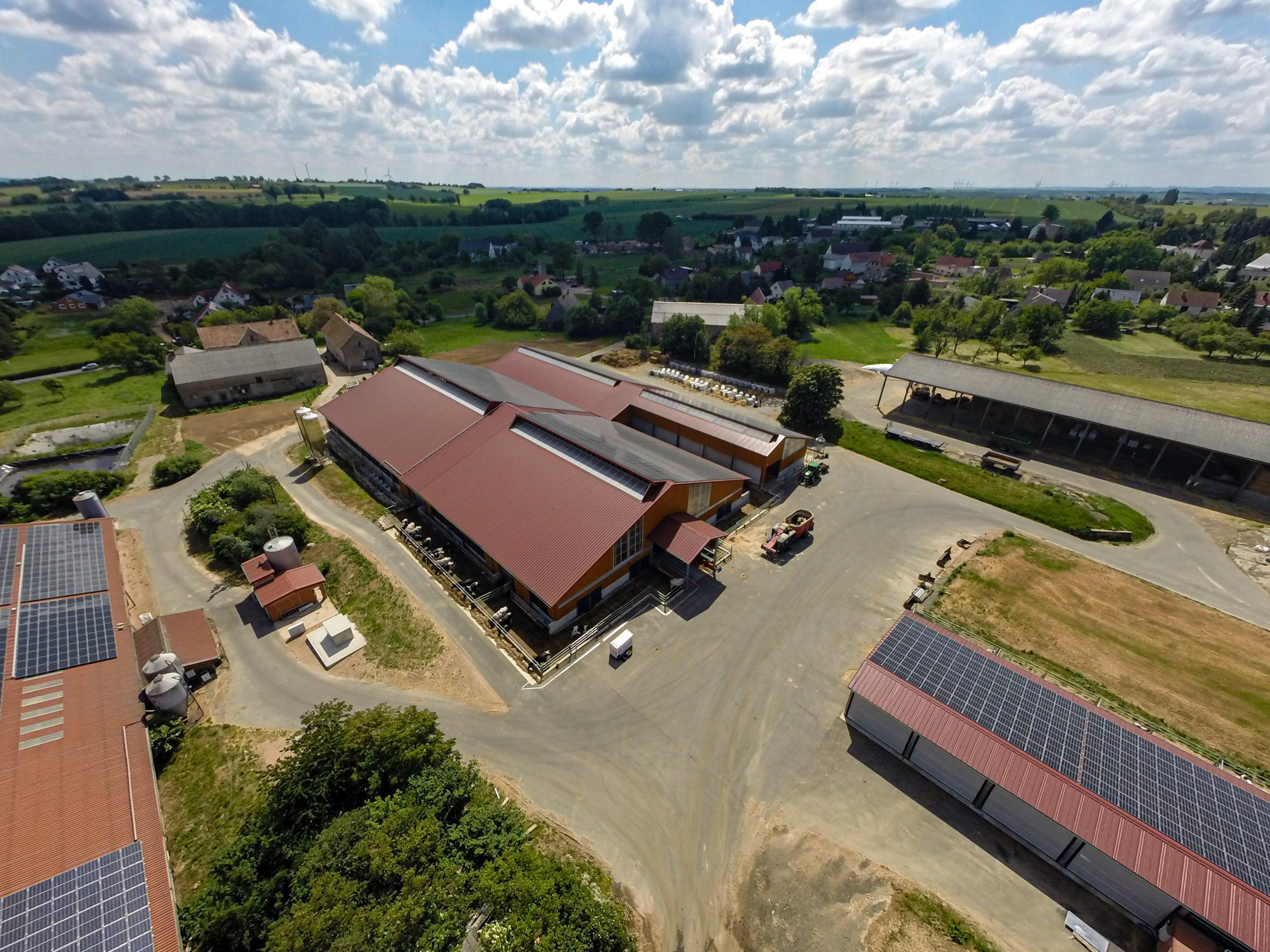 Luftbild Kuhstall